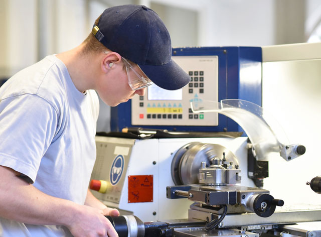 Apprenticeship/Traineeship